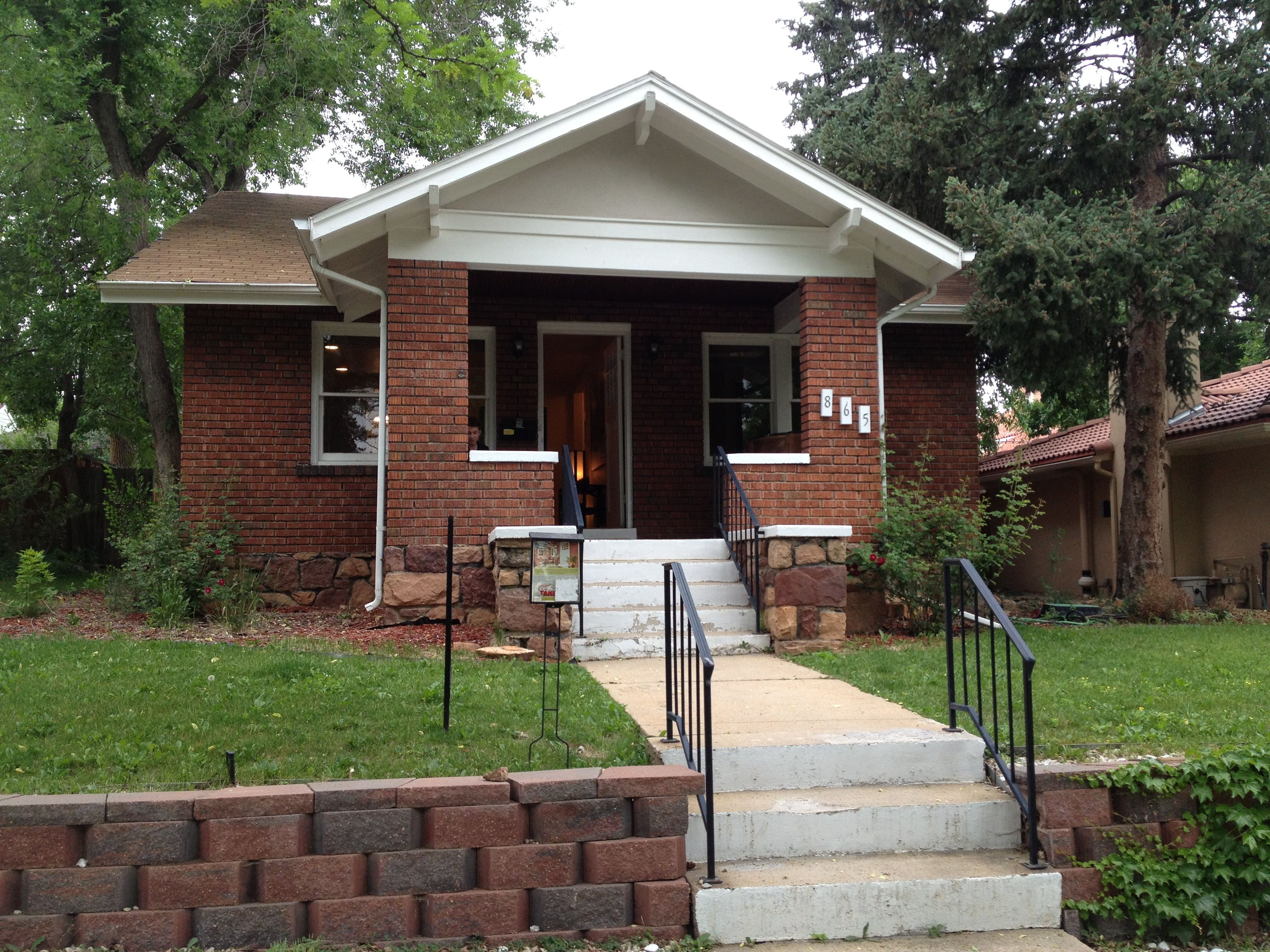 A Neighbor's Review: 865 15th St.